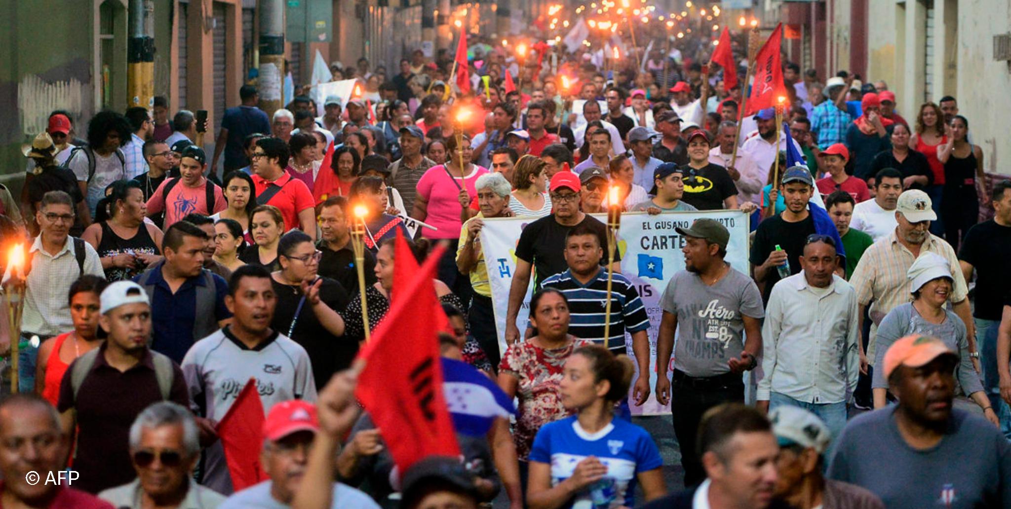 Honduras: El derecho a la salud y la educación pública en peligro